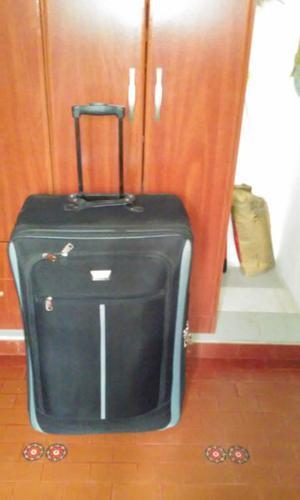 valija de viaje grande