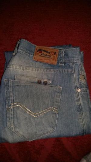 Jeans de Hombre.. Marca Dodgers.. Talle: 44.. Sin uso