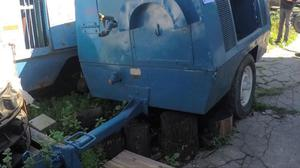 Motocompresor de aire Sullair 185Q sobre trailer envíos al