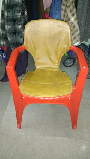 Sillones silla de plastico rosario posot class - Sillones con fundas ...