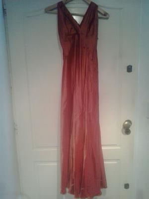 Vestido de fiesta largo.