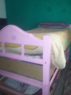 vendo cama de una plaza alta con cajonera