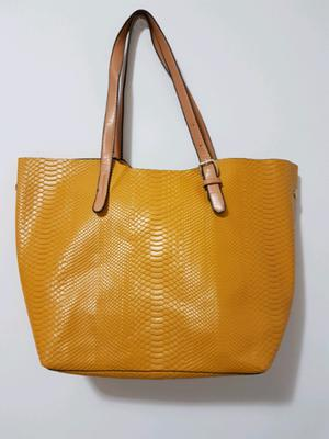 Hermoso bolso colorido