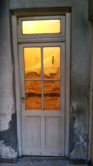 Puertas de madera con vidrio repartido y banderola posot - Puertas madera y vidrio ...