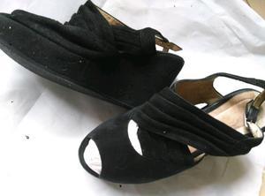 Sandalias negras gamuza 36.5 muy buen estado