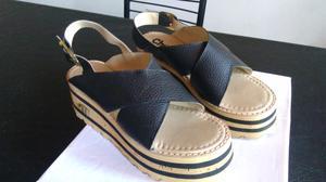 Sandalias nuevas sin uso n38