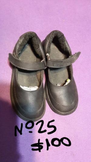 Zapatos de nena n 25