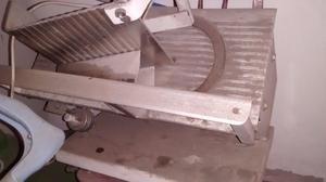 vendo cortadora de fiambres usada