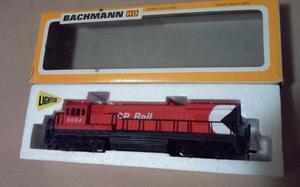 Bachmann Locomotora Diesel Cp Rail En Caja Ho Muy Buena