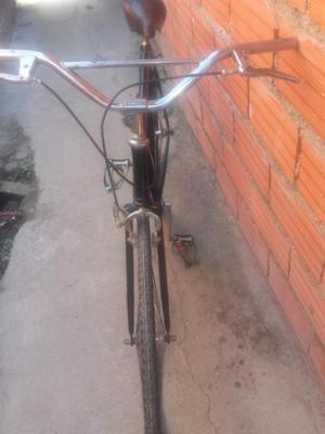 Bicicleta antigua negra