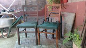 Dos sillas antiguas para restaurar.