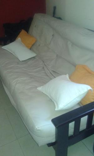 Futon de 2 plazas impecable