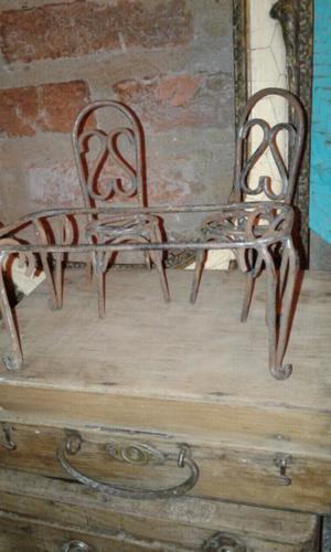 Mesa con 2 sillas hierro antigua (muñecas)