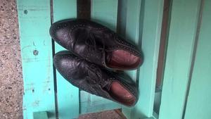 Zapatos de Hombre en cuero negro trabajado, interior