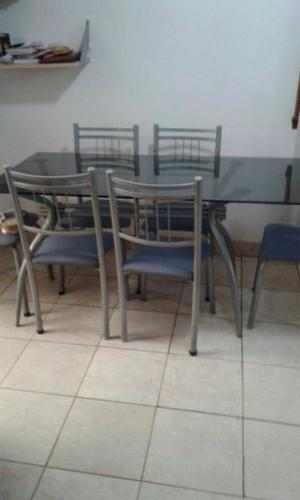 juego de mesa con 6 sillas