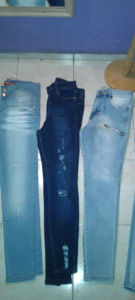 Jeans talle 42