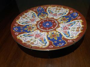 Plato decorativo antiguo para colgar de 21 cm. de diámetro
