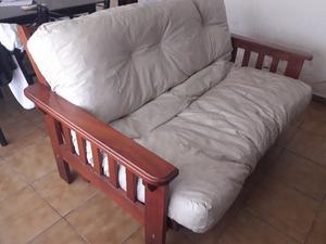 futon y mesa ratona de algarrobo