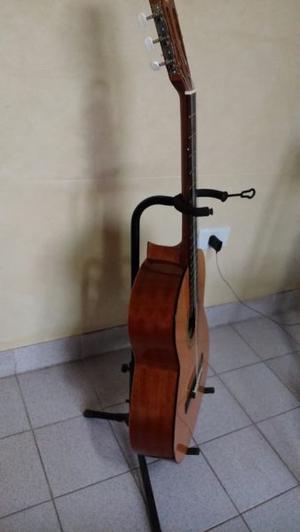 vendo hermosa guitarra española