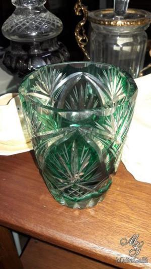 Hermosa Hielera Antigua De Cristal Tallado Color Verde.