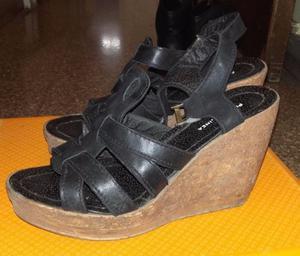 Sandalias negras Talle 37ymedio $100