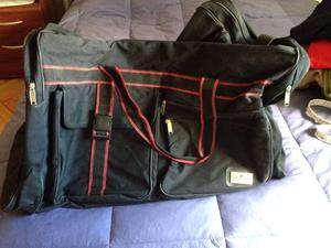 Vendo bolso de viaje color negro