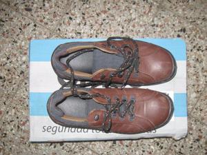 vendo zapatos de trabajo nuevos talle 40