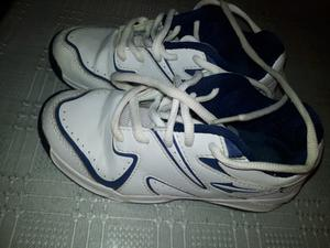 Vendo zapatillas de niños en muy buen estado
