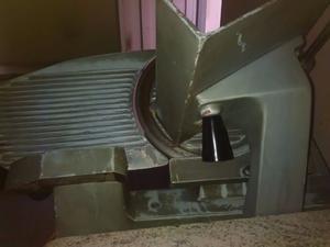venta heladera vitrina y maquina cortadora de fiambres