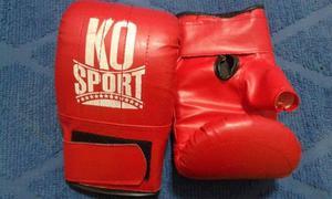 Vendo bolsa de kick boxing y guantes