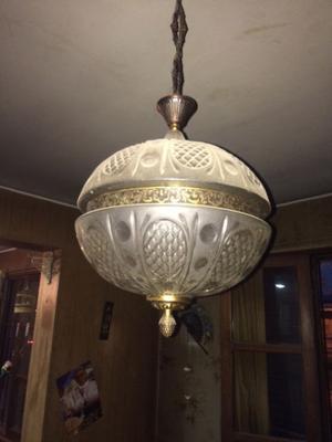 Lampara Antigua de cristal tallado y bronce