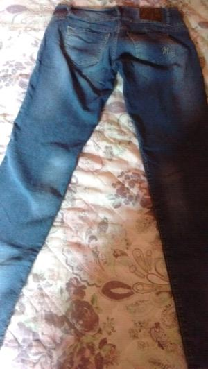Vendo pantalon de jean de mujer talle 32