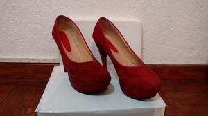 Vendo zapatos de mujer rojos
