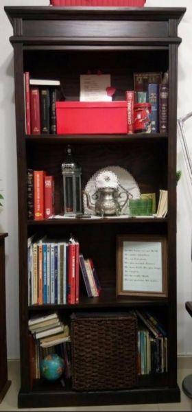Biblioteca de madera color Wengue 3 estantes