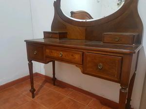 Vendo muebles antiguos, en Excelente estado..