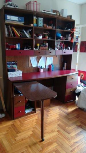 Biblioteca-escritorio La Oca, muy buen estado y práctica