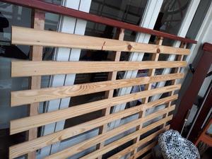 Cama de dos plazas de madera maciza de pino