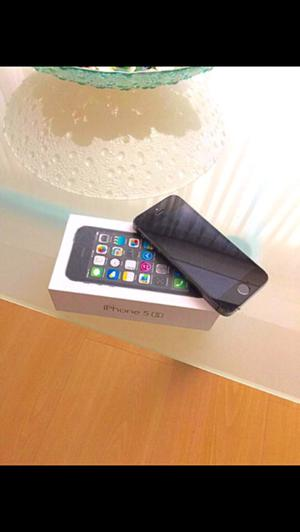 IPhone 5 S Color Negro.