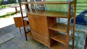 Antigua biblioteca de cedro maciza