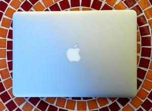 VENDO Macbook Pro 13 Retina  I5 2,7ghz 8gb 128gb Ssd 98