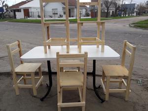Mesa Rectangular en excelente estado y seis sillas nuevas