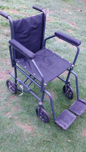 Vendo silla de rueda nueva