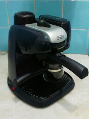 Cafetera express Delonghi EC9