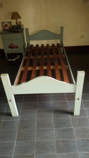 vendo cama de una plaza $ 600