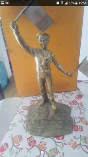 Urgente Vendo Estatua de bronce