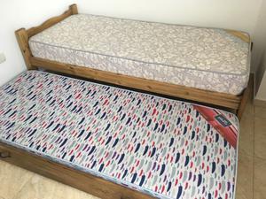 Vendo cama marinera de 1 plaza con dos colchones. Casi sin