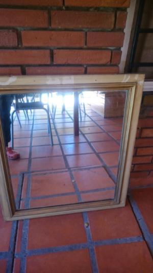 Vendo espejo con marco