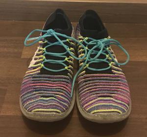 Zapatillas Nike Free. Número 35 y medio.