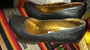 Zapatos tacos altos número 36.
