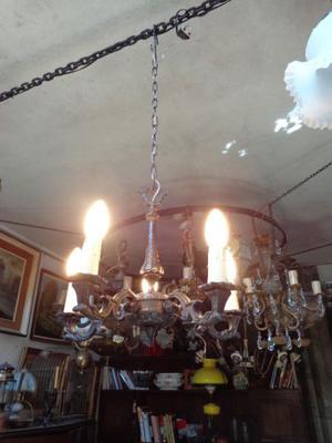 Antigua araña estilo francés de cinco luces. Antigua